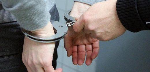 """荷兰男子过境携带几十万欧现金被拘,钱款悉数要被""""充公""""…"""