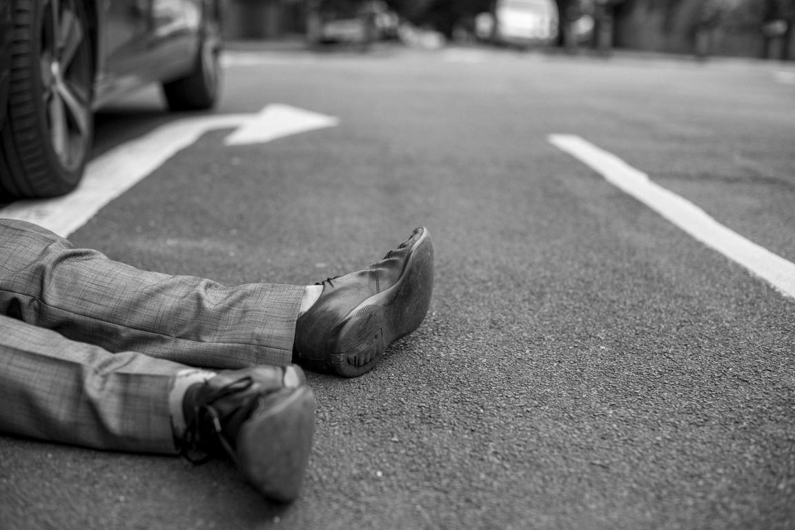 荷兰公路发生多起车祸,5人遇难
