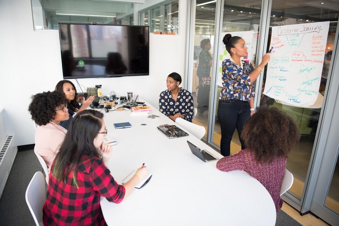 实锤!在荷兰,即使'同工同酬',女性还是比男性少赚的少