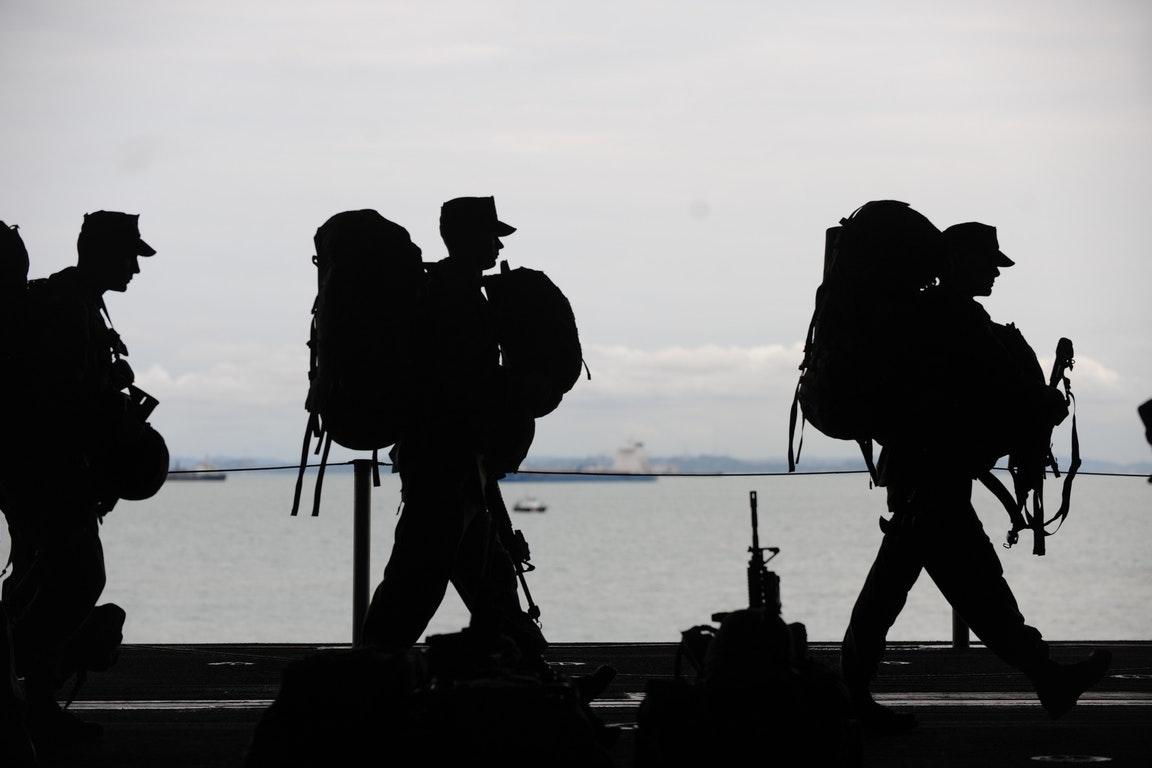 荷兰一军事基地遭到雷击,14名军校学生受伤