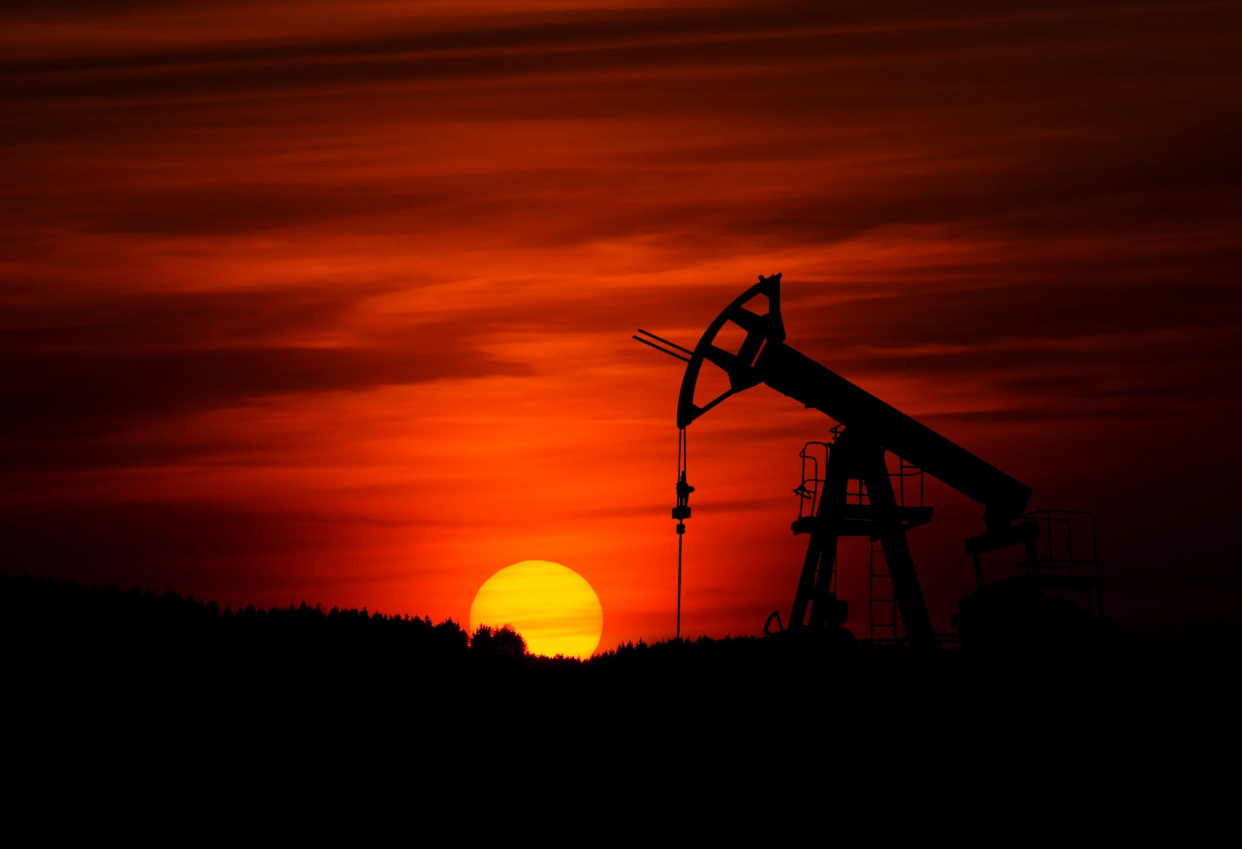 活久见!原油价格跌至负值!我们见证了一个魔幻的时代